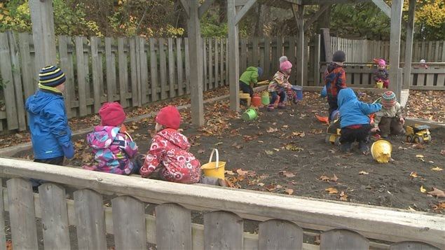 Des enfants au Centre de la petite enfance de Rivière-du-Loup.