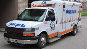 Une voiture du service ambulancier de Saskatoon MD Ambulance.