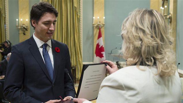 Justin Trudeau prête serment comme 23e premier ministre du Canada