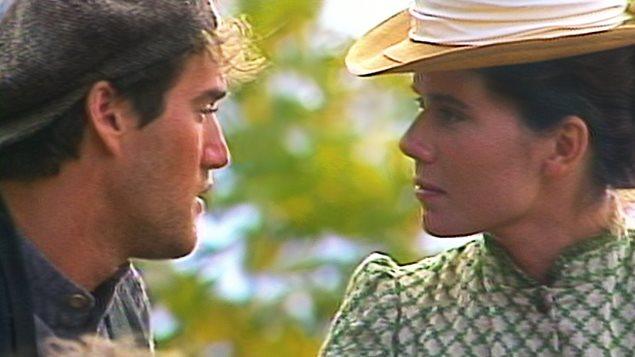 Roy Dupuis et Marina Orsiny sur le plateau de tournage des «Filles de Caleb»