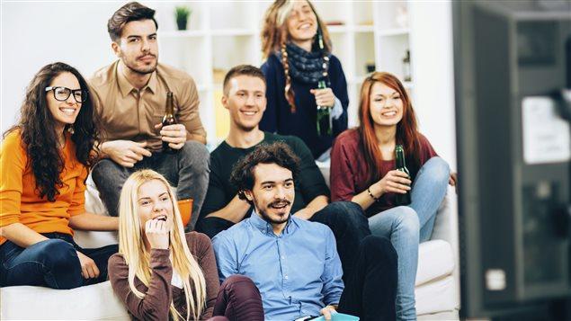 La télévision occupe encore une place prédominante chez les 18-34 ans.