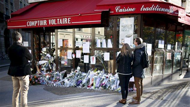 Un des lieux des attentats de Paris