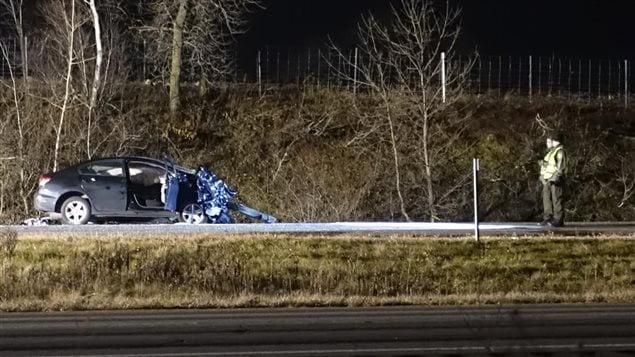 Avant la collision, la conductrice du véhicule qui se dirigeait vers le Nord a dévié de sa trajectoire et s'est retrouvée en sens inverse.