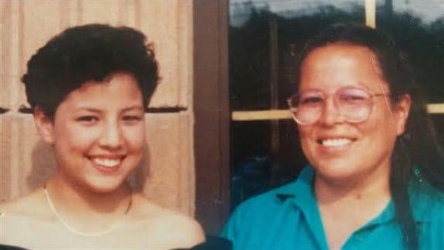 Cherilyn et sa mère, Clarene, en 1990