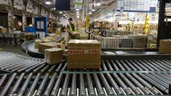 Postes Canada : les négos se poursuivent malgré le fort mandat de grève