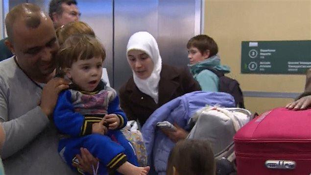 Samer Alragheb, sa femme Amna et leur fils de 18 mois Layth sont des réfugiés syriens installés à Richmond en Colombie-Britannique.