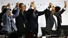 Un accord historique sur le climat est adopté à Paris