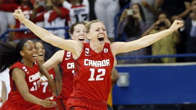 Lizanne Murphy de l'équipe canadienne de basketball féminin