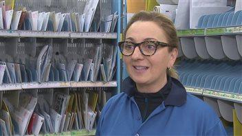 Kathy Moreau, factrice à Postes Canada