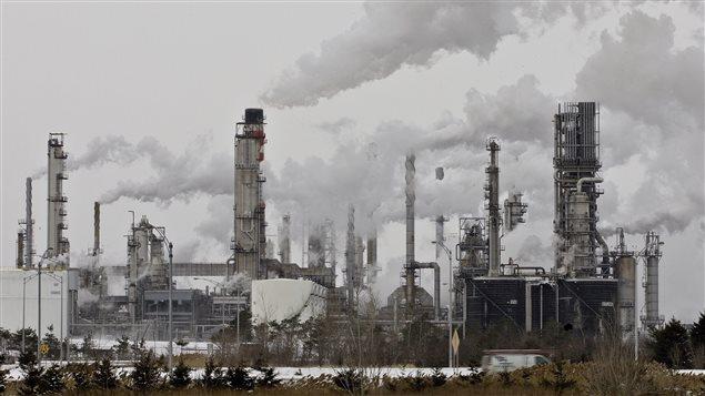 La raffinerie à Lévis