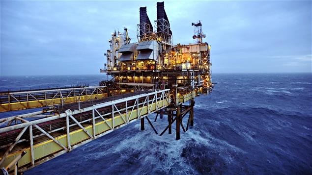 Une plate-forme pétolière de BP en mer du Nord.