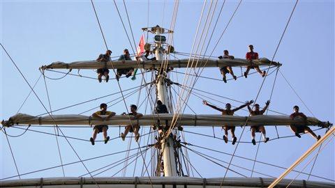 Un groupe de 25 jeunes apprentis matelots se sont joints à l'équipage