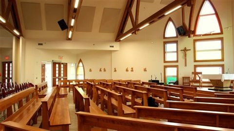 L'intérieur de l'église de Grande-Entrée