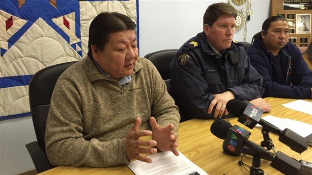 Le chef de la Première Nation Standing Buffalo Dakota, Rodger Redman, dit que l'interdiction totale de la consommation de l'alcool est une « option ».