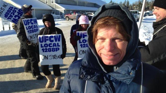 Betty Demarchant. une des 32 employés en grève
