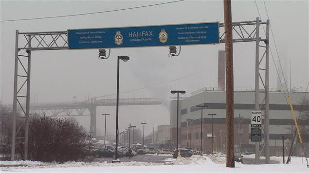 L'entrée à l'Arsenal de la Marine à Halifax