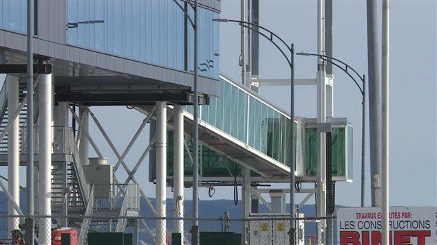 La nouvelle passerelle d'embarquement des passagers à Baie-Comeua