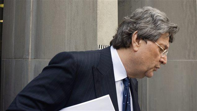 Le co-fondateur de Livent Garth Drabinsky devant la Cour supérieure de l'Ontario (Toronto) en 2009