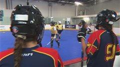 Chronique Tendances : «Dek» hockey, le petit frère du sport national