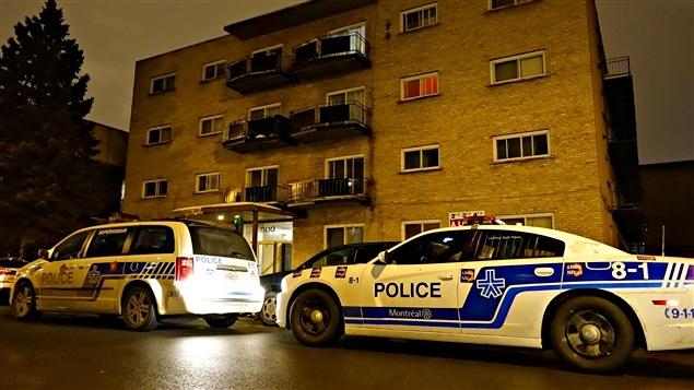 L'agression est survenue dans cet immeuble à logements de la 33e Avenue.