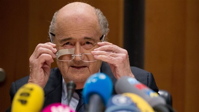 Sepp Blatter va en appeller de sa suspension de huit ans
