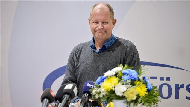 Le directeur de la police nationale de Suède, Dan Eliasson, a tenu un point de presse pour annoncer la tenue d'une enquête interne sur la façon dont la police a géré les plaintes d'agressions sexuelles.