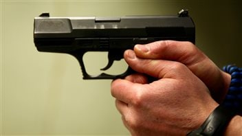 Pistolet de 9 mm utilisé pour la formation des policiers de Québec
