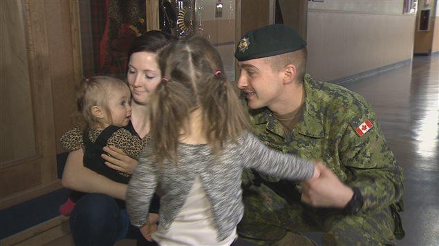 52 militaires de la base militaire de Gagetown sont revenus d'une mission au Proche-Orient, où ils contribuaient au traitement des demandes de réfugiés syriens.