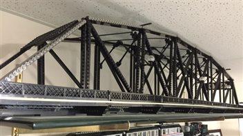 16 000 pièces de LEGO font partie de la structure d'André Lalonde