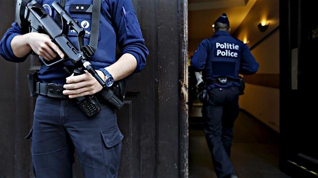Des policiers à Bruxelles