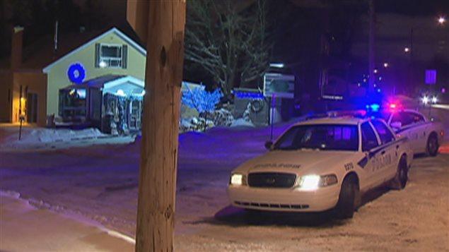 Un homme barricadé a tenu en haleine les policiers durant plusieurs heures dans le secteur Beauport.