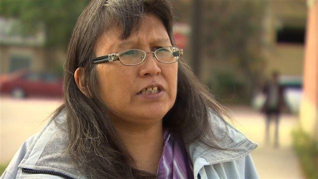 Vivian Ketchum raconte qu'elle a été jetée à terre par un agent de sécurité dans une clinique de santé de Winnipeg lors d'un incident « à caractère raciste » survenu mardi.