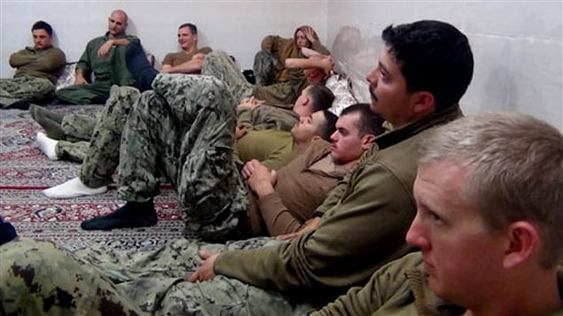 Les Gardiens de la révolution ont publié mercredi des photos des soldats américains qui ont été brièvement détenus.
