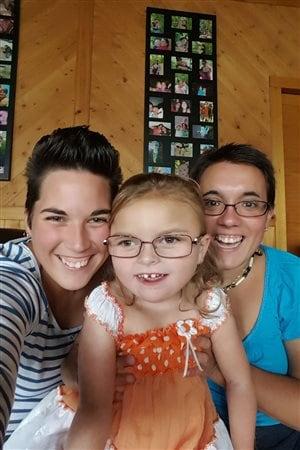 Mélissa Côté, Kayla Landry et Isabelle Landry