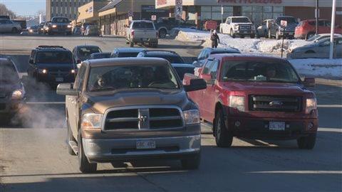 Même s'ils se plaignent du prix de l'essence, les consommateurs achètent de plus en plus de véhicules énergivores