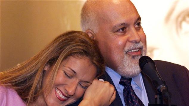 René Angélil et Céline Dion, lors d'une conférence de presse.