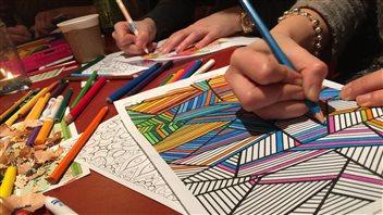 Le coloriage pour adultes,une mode payante à Toronto