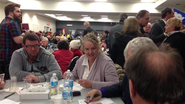 Plus de 200 personnes ont participé à la troisième séance sur la révision des programmes, jeudi soir à Grand-Sault.