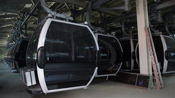 Les gondoles du centre de ski olympique de Jeongseon en Corée du Sud