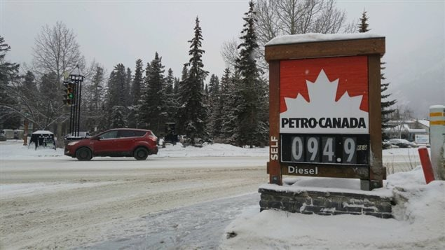 Le prix de l'essence à Banff mercredi, bien différent de la situation à Edmonton ou Calgary.