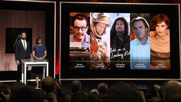 John Krasinski et Cheryl Boone Isaacs annoncent des finalistes aux Oscars le 14 janvier 2016.