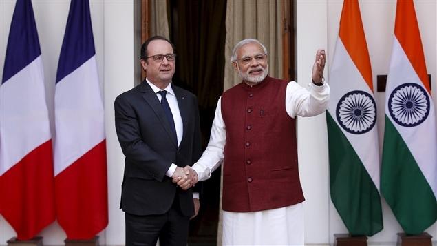 Le président français François Hollande et le premier ministre Narendra Modi