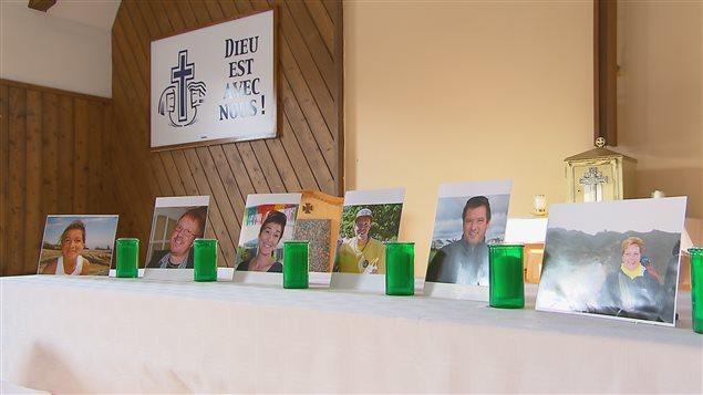 Des dizaines de personnes ont rendu hommage aux victimes de l'attentat de Ouagadougou.