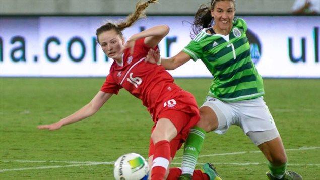 Gabrielle Carle est la deuxième plus jeune joueuse de l'équipe.