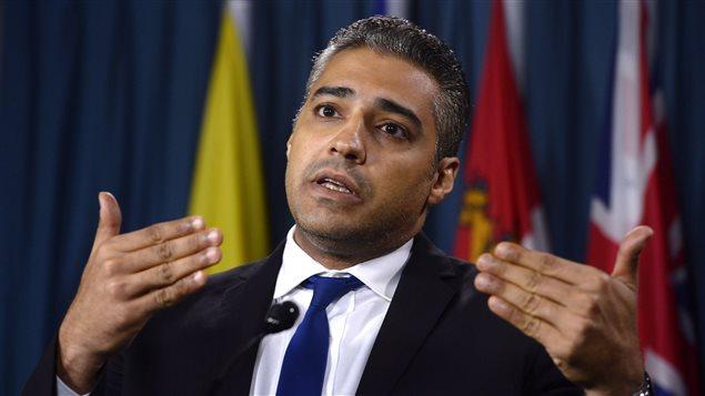 Une Charte de protection est proposée au gouvernement canadien par Mohamed Fahmy.