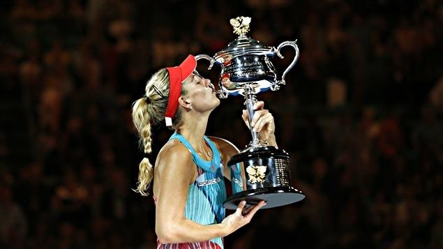 Angelique Kerber goûte les fruits de sa victoire surprise à Melbourne