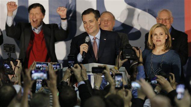 Ted Cruz, devant ses partisans, après avoir remporté le caucus de l'Iowa.