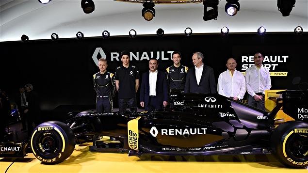 Le dévoilement de la Renault RS16 à Paris le 3 février