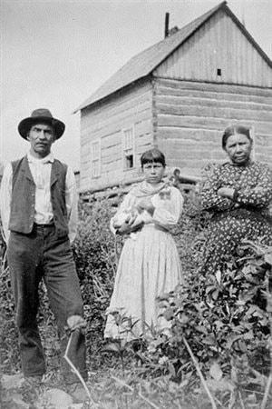 Stephen Lafricain, une de ses filles et sa femme, le 21 août 1896