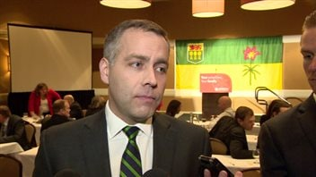 Le chef du NPD Cam Broten.
